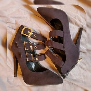 Shoes - Charlotte Russe size 6 black heels with straps